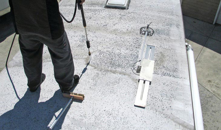 Benefit-of-RV-Roof-Cleaner