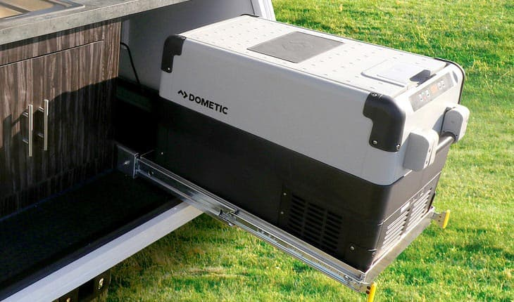 dometic-fridge-freezer