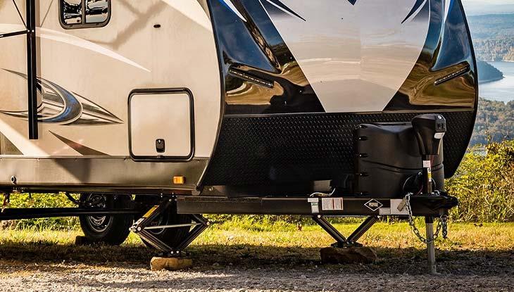camper-stabilizers