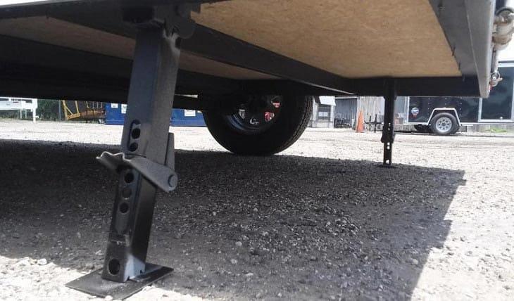 travel-trailer-leveling-system