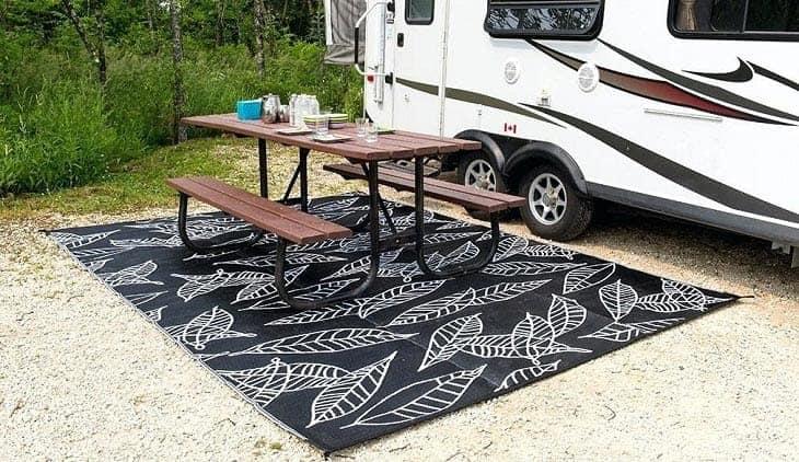 outside-camper-mats